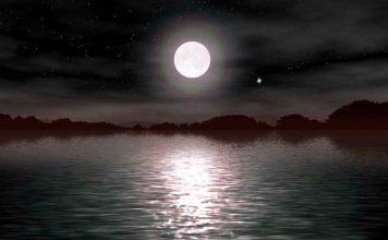 Una mujer levitando en un lago seria un terrible encuentro fantasmal