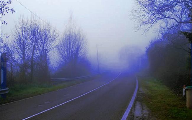 Las carreteras tiene sus leyendas una de ellas es sobre las enigmáticas autoestopistas fantasmas